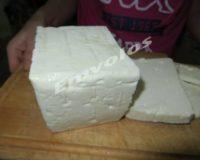 Σύμφωνα με νέα μελέτη το τυρί και τα γαλακτομικά γενικά προϊόντα δεν αυξάνουν τον κίνδυνο για έμφραγμα ή εγκεφαλικό