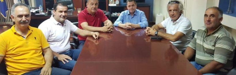 Eπίσκεψη του Αγροτικού Συλλόγου Βέροιας στον αντιπεριφερειάρχη Ημαθίας Κώστα Καλαϊτζίδη με θέμα το επιτραπέζιο και το βιομηχανικό ροδάκινο