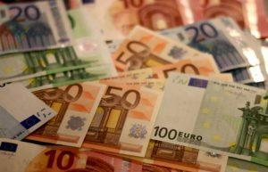 χρήματα, ευρώ, χαρτονομίσματα, money