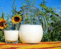 Έλεγχος και πρόστιμα σε παραγωγούς και αγοραστές γάλακτος
