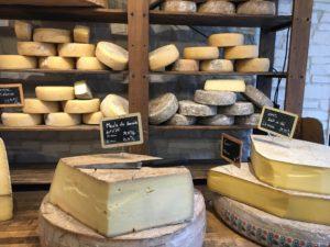 τυρί, τυροκομικά, κασέρι, τυριά