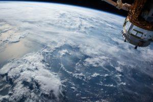 διάστημα, δορυφόρος