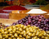 Προβληματισμένοι για το μέλλον της επιτραπέζιας ελιάς είναι οι ελαιοπαραγωγοί της Φθιώτιδας