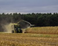 Αναστέλλεται για τους κατά κύριο επάγγελμα αγρότες η εφαρμογή του μέτρου της επιβολής του τέλους επιτηδεύματος για το φορολογικό έτος 2019